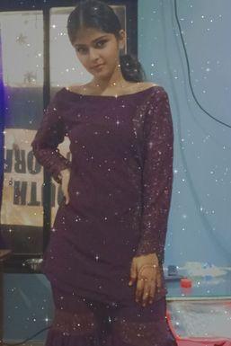 Alisha Rahman - Model in Mumbai   www.dazzlerr.com