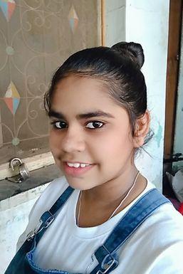 Gauri Joshi - Actor in Kalamb | www.dazzlerr.com