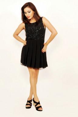 Tania Kohli - Model in Delhi   www.dazzlerr.com