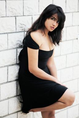 Dazzlerr - Shalu Model Delhi