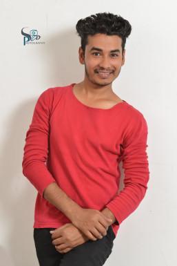 Shahzad Hussain - Model in Delhi   www.dazzlerr.com