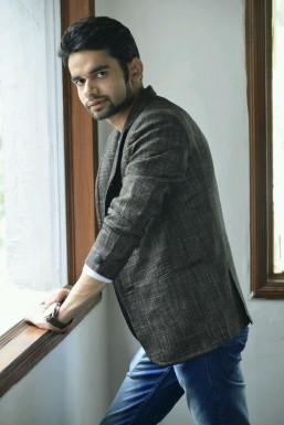 Himanshu Chhabra - Model in Delhi | www.dazzlerr.com