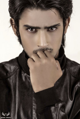 Dazzlerr - Lokesh Singh Rajput Model Delhi
