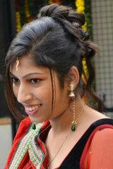 Dazzlerr - Vidushi Saxena Model Delhi