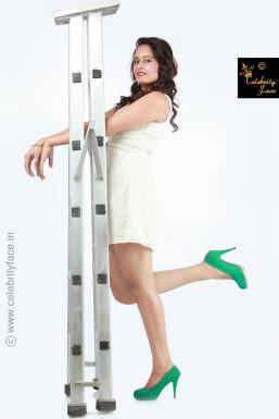 Dazzlerr - Kalpana Dutt Model Delhi