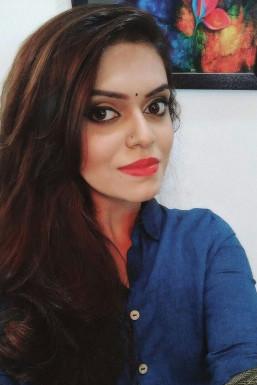 Dazzlerr - Shruti Model Delhi