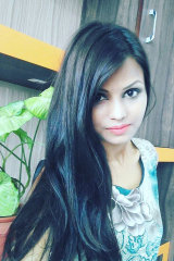 Dazzlerr - Jyoti Thakur Model Delhi