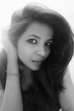 Dazzlerr - Nishu Pal Model Delhi