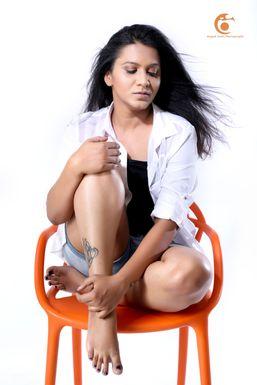 Dazzlerr - Aarti Aher Model Pune