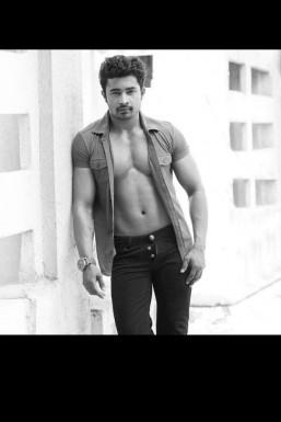 Rahul Sharma - Model in Mumbai | www.dazzlerr.com