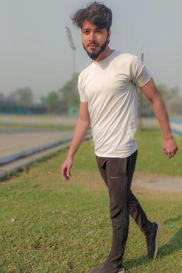 Md Ahtashamul Haque - Model in Kolkata | www.dazzlerr.com