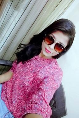 Dazzlerr - Tanu Saxena Model Delhi