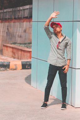 Neeraj - Model in Delhi   www.dazzlerr.com