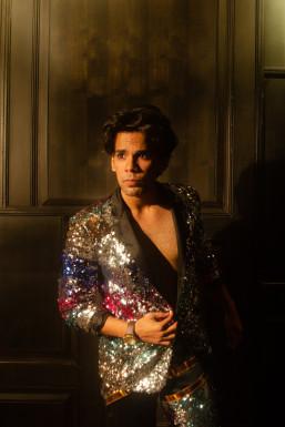 Somesh Mishra - Actor in Mumbai | www.dazzlerr.com