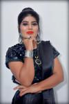 Dazzlerr - Hina Motani Model Kanpur