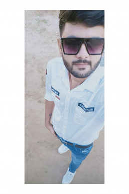 Sandip Desai - Model in Patan   www.dazzlerr.com