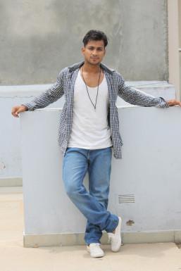 Dazzlerr - JaI Shakya Model Delhi