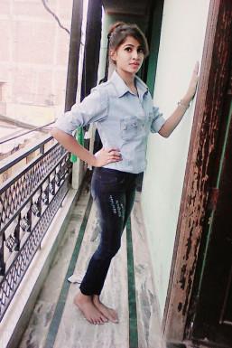 Shivani Gupta - Model in Delhi | www.dazzlerr.com