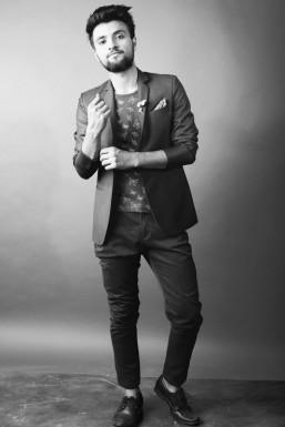 Aditya Ruhil - Model in Delhi | www.dazzlerr.com