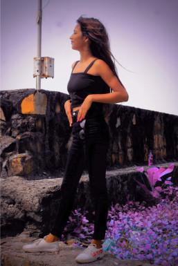 Sneha Madeshiya - Model in Mumbai   www.dazzlerr.com