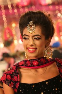 Dazzlerr - Garima Uttreja Model Delhi
