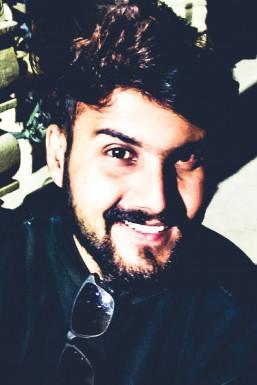 Yatin Nath Dave Anchor Allahabad