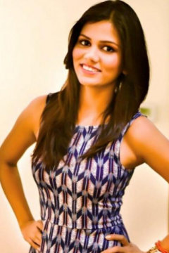 Neha Kashyap - Model in Delhi   www.dazzlerr.com