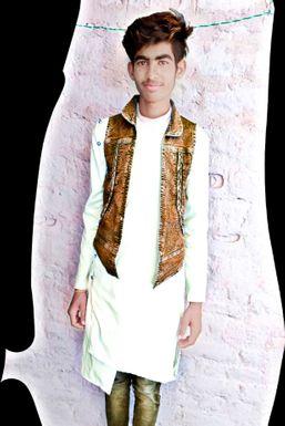 Shiwam Yadav - Actor in Banda   www.dazzlerr.com
