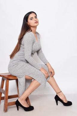 Khushi Yadav - Model in Delhi   www.dazzlerr.com