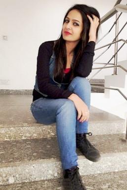 Dazzlerr - Gulshan Ali Model Delhi
