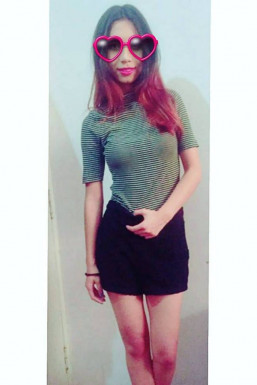 Dazzlerr - Hannah Karthak Model Delhi