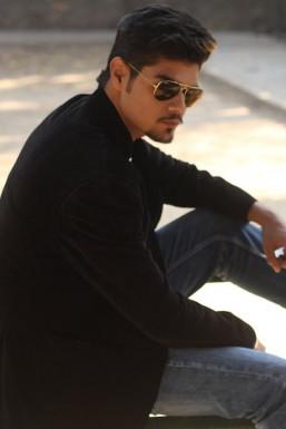 Saransh Sharma - Model in Delhi   www.dazzlerr.com