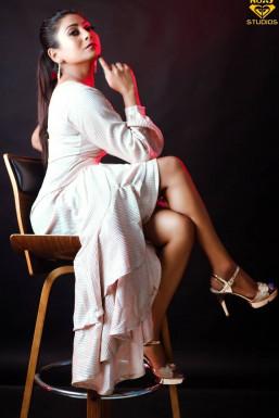 Sharmistha Biswas - Model in Mira-Bhayandar   www.dazzlerr.com