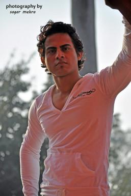 Dazzlerr - Prakash Kumar Model Delhi