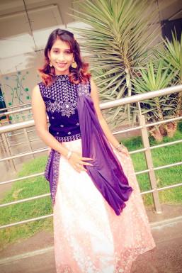 Dazzlerr - Saranya A Model Bangalore