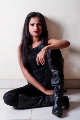 Dazzlerr - JYOTI GUPTA Model Delhi