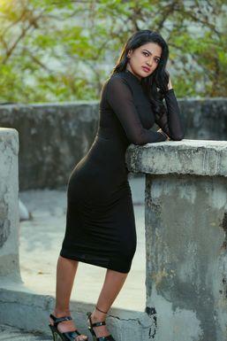 Amrutha Poojari - Model in Hyderabad   www.dazzlerr.com