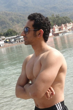 Dazzlerr - Sahil Chawla Model Delhi