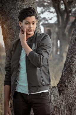 Anasansari - Actor in Budaun | www.dazzlerr.com