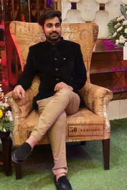 Anoop - Actor in Delhi   www.dazzlerr.com