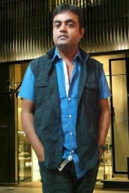 Dazzlerr - Santosh Kumar Model Delhi