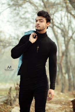 Gopi - Model in Delhi | www.dazzlerr.com