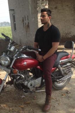 Dazzlerr - Naveen Rathee Model Delhi