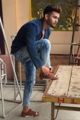 Dazzlerr - Aarav Khan Model Delhi