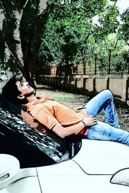 Dazzlerr - Atul Raghav Model Delhi