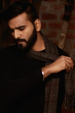 Dazzlerr - Rohit Tomar Model Delhi