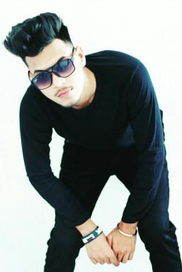 Dazzlerr - Pawan Kumar Model Delhi