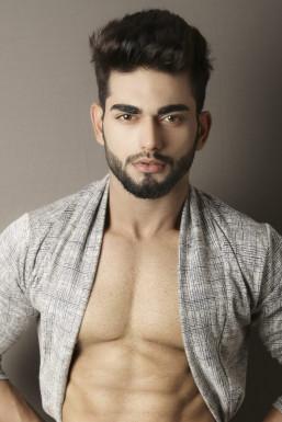Arjun Verma - Model in Delhi | www.dazzlerr.com