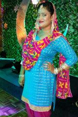 Dazzlerr - Amrita Kaur Model Delhi