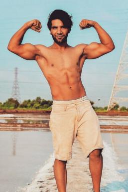 Prmjeet Singh - Model in Mumbai   www.dazzlerr.com